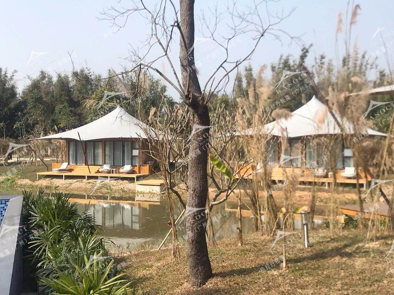四边形帐篷酒店